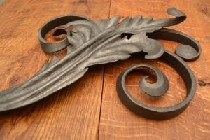 Traditonal faced acanthus leaf, scrolled, bevel scroll